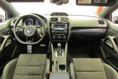3-05-interior-volkswagen-scirocco-r-2017-prueba