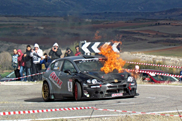 Ismael Arquero rodando con fuego