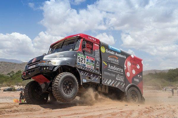 Albert Llovera en la meta del Dakar por segundo año consecutivo