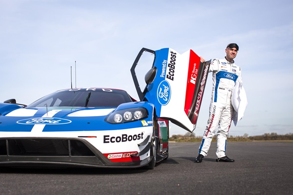 Marino Franchitti_Ford GT IHG branding