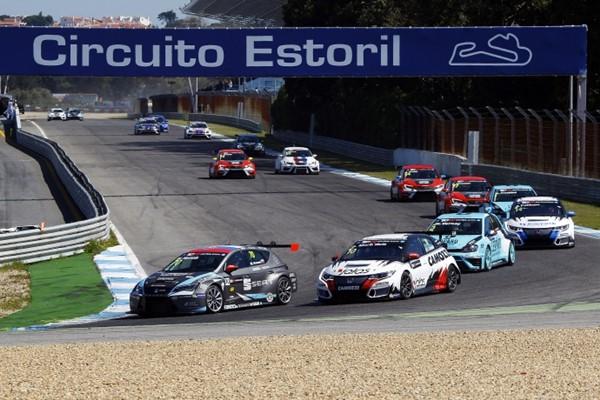 Homola TCR 2016 Estoril salida 1
