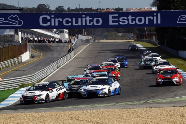 TCR 2016 Estoril salida 1