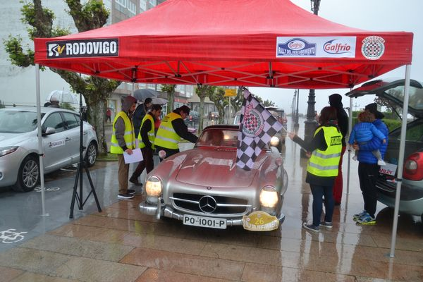 MERCEDES 300 SL ROADSTER Rallye Descubrimiento