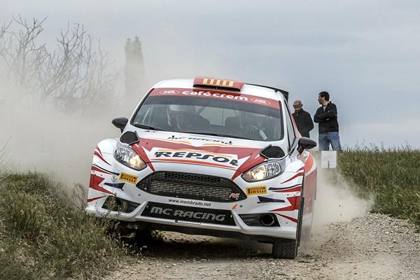 El turbo del Ford Fiesta R5 dejó en la cuneta a Membrado-Vilamala, en Bellpuig