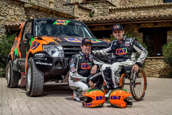 Esteve Villalobos Dakar mitsubishi montero presentacion