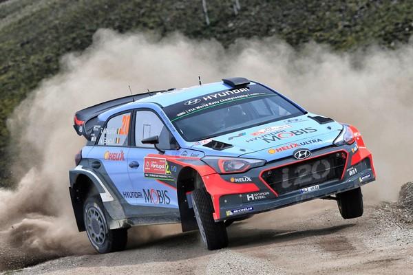 Hyundai en el cartel del Rallye RACC de España-Cataluña
