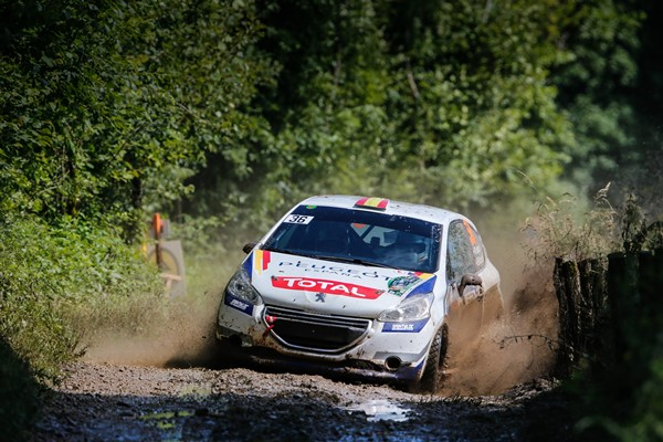 pepe lopez rozada 208 peugeot rally cup