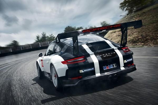 Nuevo Porsche 911 GT3 Cup, 485 cv en un motor ultra moderno
