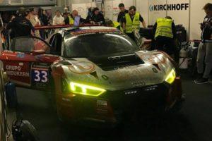 Dubai Audi R8 boxes tutumlu