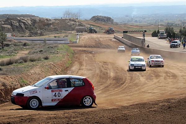 Carlos Arco, en Turismos y Juan José Moll, en Car Cross, vencedores en el XIII Autocross Ciudad de Alcañiz