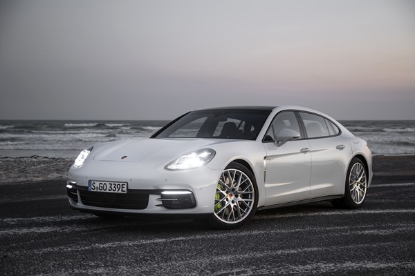 Porsche Panamera Executive 2.017, fotos generales