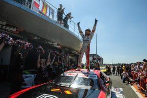 Borja García celebración NASCAR Fest Valencia