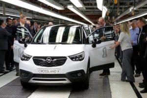 Figueruelas inicia la producción del Opel Crossland X