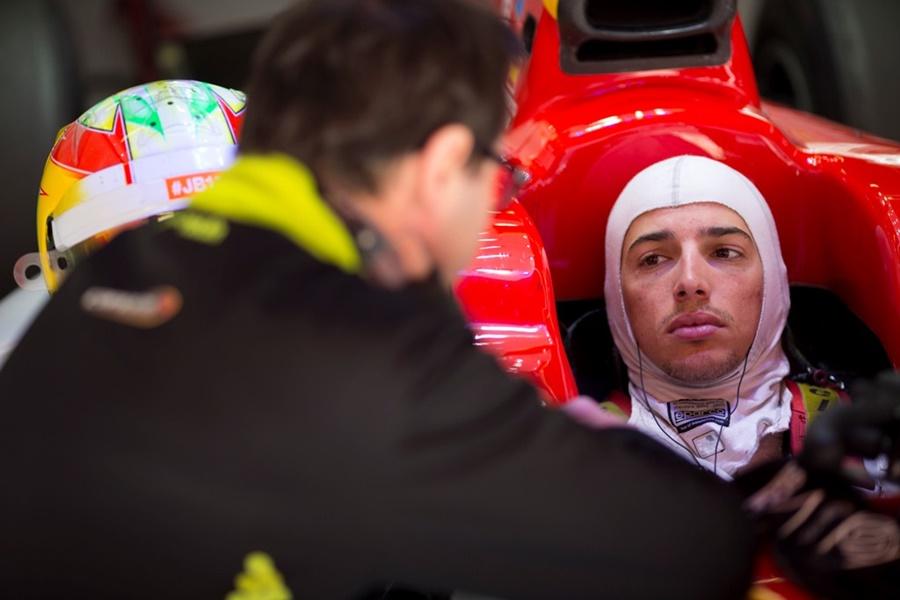 Roberto Merhi en Fórmula 2 con Campos Racing en Barcelona