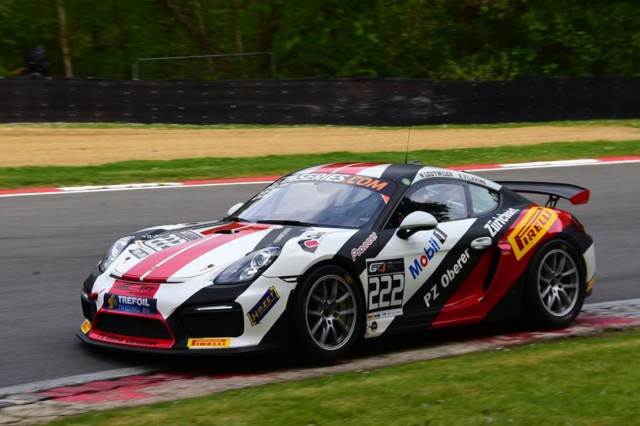 Ander Vilariño y Niki Leutwiler no pudieron pasar del quinto puesto en las GT4 European Series