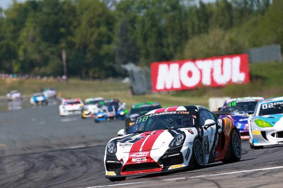 Ander Vilariño no para, este fin de semana GT4 European Series