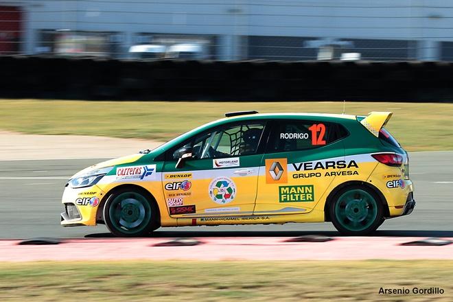 El regional de Aragón de Velocidad arranca en el Circuito de la Comunidad Valenciana con 20 equipos inscritos