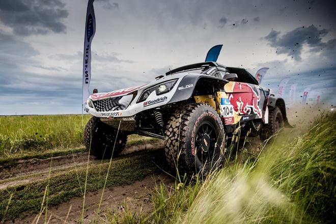 Peugeot DKR Maxi 2 Silk Way Rally