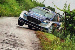Tanak termina el día liderando el Rallye de Alemania