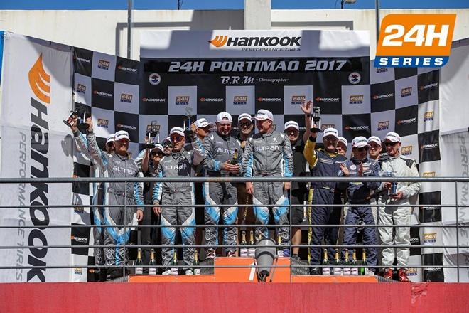 Gonzalo Martín de Andrés y Jesús Díez Villarroel suben al podio en Portimao