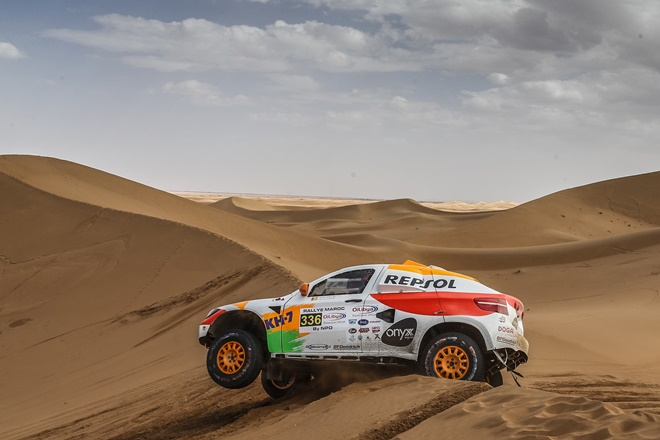 ► Rallye Dakar: Esteve y Fuertes en meta, Gutiérrez acaba de iniciar la etapa
