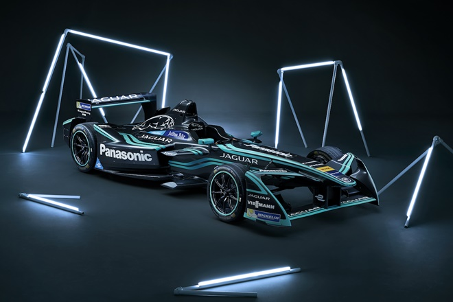 Jaguar I-TYPE 2 Panasonic Jaguar Racing