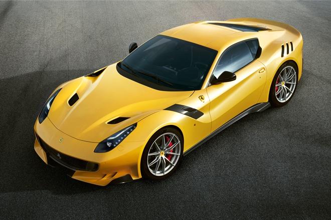 Ferrari F12 tdf 2017