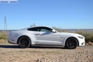 Ford Mustang 5.0 Fastback 2018, fotografías al detalle