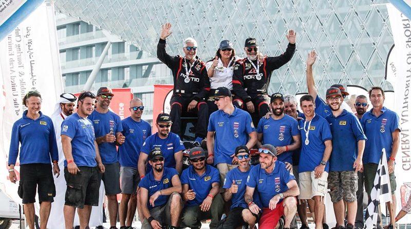 Podio equipo JL Peña Abu Dhabi Desert