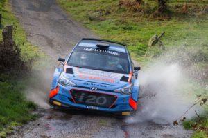 Iván Ares vence en su tierra el Rallye do Cocido