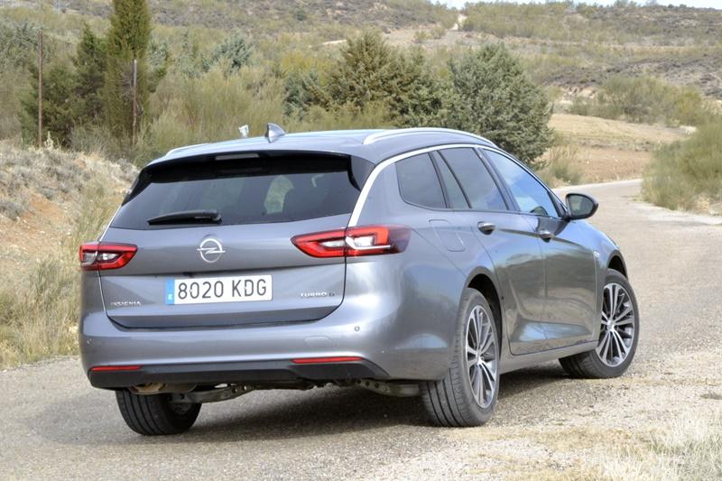 Opel Insignia Sports Tourer 2.0 CDTi Biturbo, viajero incansable