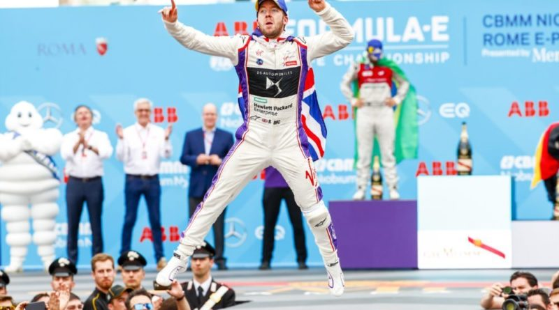 Formula e Sam Bird podio