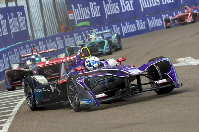 Formula e Sam Bird podio 1404 DS-Virgin-Racing