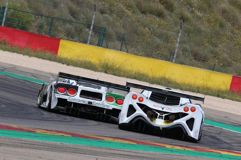 Morcillo-Cintriano imponen el Mosler en las dos carreras de Motorland