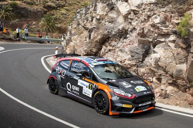 ► Rallye Islas Canarias: Cohete Suárez al frente del Nacional al descanso del mediodía