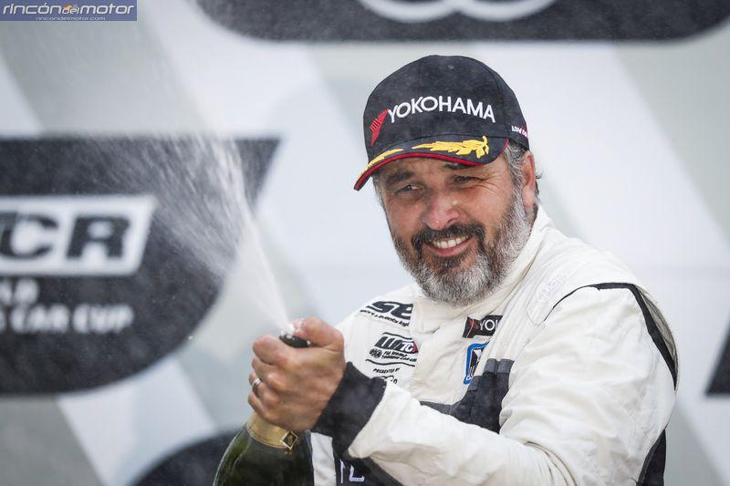 WTCR Nurburgring Muller i30 TCR podio