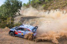 ► WRC: Neuville al frente en Turquía en un duro y competido rallye