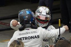 Mercedes-AMG hamilton bottas abrazo f1 brasil 1211