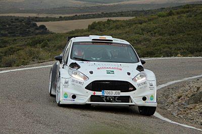 Fernando Compairé y Helena Carrasco se proclaman Campeones de Aragón de Rallyes