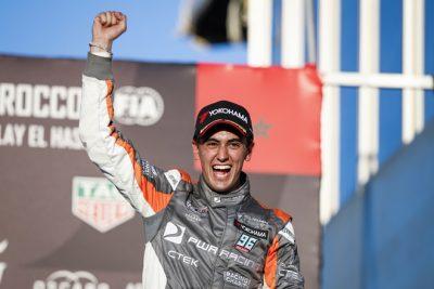 Primera victoria de Mikel Azcona en el WTCR