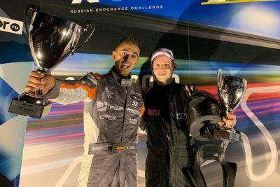 Mikel Azcona en el podio en su primera visita a Rusia