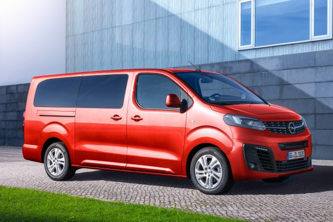 Opel Zafira L 2019 ficha