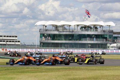 Carlos Sainz décimo cuarto tras acariciar el podio en la última vuelta
