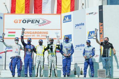 Un triple podio de Teo Martin MS en el inicio de temporada del Internacional Open GT