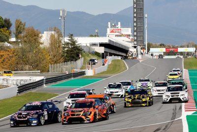 Fin de fiesta del Racing Weekend en Cataluña
